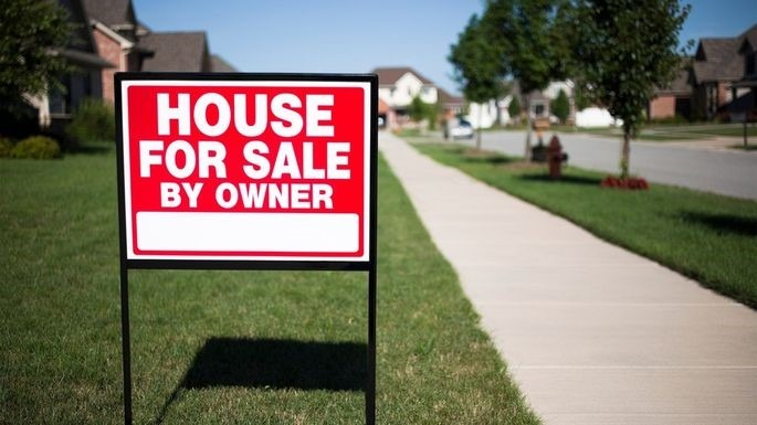 8 Reasons to Hire a Real Estate Agent to Sell Your House
